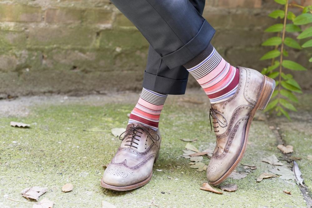 人気のメンズブランドビジネス靴下ランキング2017!バーバリーやアルマーニなどがおしゃれで男性へのプレゼントにおすすめ!