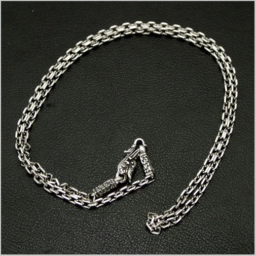 ソカロ(ZOCALO) ネックレス