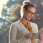 Tablet adalah gadget yang dapat membantu menyelesaikan pekerjaan dengan mudah dan praktis dibawa kemana saja. Oleh karena itu, jangan sampai tablet lemot atau error. BP-Guide akan memberikan rekomendasi tablet terbaik dengan RAM 3 GB untuk performa yang lebih maksimal.