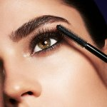 Mascara can help us darken, thicken, lengthen or define the eyelashes. Focus on the eye makeup has always been a priority for women, not just in modern times but as far as historical evidence can take us we can see ancient women aesthetically adorn their eyes. We have compiled a list of the best mascara brands to help you choose.