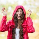 Musim hujan telah tiba, saatnya kamu mempersiapkan alat-alat penangkal hujan terutama saat kamu beraktivitas di luar ruangan. Salah satu benda yang wajib kamu miliki saat musim hujan adalah jas hujan. BP-Guide punya rekomendasi jas hujan dari Sun Flower yang berkualitas dan terbaik di kelasnya nih. Cek dulu, yuk!