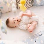 Supaya bayi lebih nyenyak tidurnya, Anda bisa berikan kasur bayi terbaik. Jangan asal pilih kasur untuk buah hati, ya. Cek rekomendasinya dari kami!