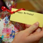 Pesta ulang tahun anak sudah makin dekat? Waktunya Anda mempersiapkan goodie bag yang bagus dan berkualitas. Yuk, cek goodie bag alat tulis yang cocok untuk anak Sekolah Dasar!