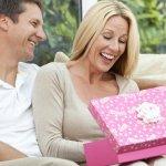 40代女性の先輩・妻・女友達に喜ばれる誕生日プレゼント10選!人気ランキングや予算相場、メッセージ文例も紹介