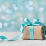 10 Rekomendasi Hadiah Paling Menarik untuk Lelaki dan Tempat untuk Mendapatkannya (2019)