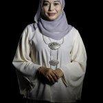 Tampil Cantik di Hari Wisudamu dengan Baju Wisuda Syar'i Ini