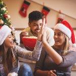 女友達に贈る2019年最新版、人気のクリスマスプレゼントを大学生、20代・30代社会人のそれぞれをランキング形式でご紹介します。  大学生、20代・30代社会人の女友達へ贈る平均的なプレゼントの相場やプレゼントの選び方、人気のプレゼント、クリスマスカードのメッセージ文例など徹底解説します。女性に贈るプレゼント選びにはセンスが必要で、あまり高価なものではなくても相手に似合ったものであれば満足度も高くなります。ぜひ参考にご覧ください。