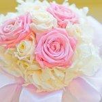 結婚祝いには定番の花のプレゼント。花のプレゼントにはどんな意味があるのか、花言葉や人気の理由を解説します。さらに、【2019年度版】種類別にランキング形式で、結婚祝いのプレゼントに喜ばれている花をご紹介していきます!こちらを参考に、素敵なプレゼントを見つけてくださいね。