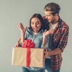 Bagi Anda yang akan merayakan ulang tahun istri, pasti hadiah istimewa harus jadi bagian tak terlupakan. Kalau Anda bingung mencari hadiah ulang tahun apa yang terbaik bagi istri tercinta sekaligus masih sesuai dengan budget, jangan bingung. BP-Guide siap menyajikan aneka tips, trik dan rekomendasi hadiah ulang tahun untuk istri yang pas bagi Anda. Mau tahu apa saja pilihannya? Simak dalam artikel di bawah ini, ya!