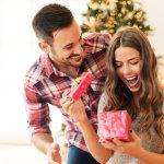 Natal tinggal beberapa saat lagi. Sudah sejauh mana persiapanmu dalam menyambut hari raya ini? Ah, jika kamu masih bingung untuk mencari hadiah yang tepat untuk pacarmu, ada baiknya kamu simak nih rekomendasi dari BP-Guide. Yuk, langsung cek!