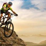 Buat Anda yang suka bersepeda di medan yang menantang, jangan pakai sembarang sepeda. Sepeda gunung yang dirancang khusus untuk medan berkontur wajib Anda punya nih. Yuk, simak rekomendasi sepeda gunung terbaik dari BP-Guide berikut ini.