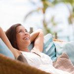 Penat dengan aktivitas sehari-hari? Jika iya, Anda bisa luangkan waktu sejenak atau mengambil cuti untuk menikmati suasana liburan enak di tempat-tempat yang seru. Simak tips dan rekomendasi BP-Guide berikut biar liburan Anda makin seru!
