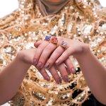 10 Perhiasan dan Cara Berhias yang Dilarang dalam Islam