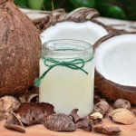 Did You Know That Coconut Oil has More Benefits Than Other Oils? Check out the Benefits of Cooking with Coconut Oil and Why You Should Make it a Part of Your Daily Life (2020)