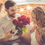 Meski sudah menikah, cinta antar pasangan tetap harus dipupuk agar tidak layu. Salah satu cara memelihara hubungan ialah menunjukkan perhatian Anda ke pasangan, terlebih di momen yang sangat spesial seperti hari jadi 25 tahun pernikahan. Yakinkan pasangan jika Anda masih mencintainya dengan inspirasi hadiah anniversary, ini yuk.