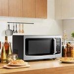 Microwave adalah salah satu perangkat elektronik canggih yang fungsional untuk mendukung kegiatan memasak Anda. Memiliki microwave di rumah tentu memudahkan Anda dalam memasak dan menghangatkan makanan setiap harinya. Tertarik untuk membelinya? Ini dia 10 rekomendasi microwave Panasonic canggih yang patut untuk melengkapi perangkat dapur Anda.