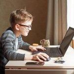 Meja belajar adalah salah satu faktor pendukung anak supaya lebih giat belajar. Anda wajib memilih meja belajar yang tepat untuk buah hati. Yuk, intip tips memilihnya dan rekomendasi produk dari kami!