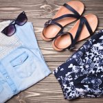 夏のファッションによく合うサンダルはプレセントに人気のアイテムで、ジェリービーンズやハニーズなどの人気ブランドから安くて可愛いものが多数発売されています。この記事では、2021年最新版のブランドサンダルランキングをご紹介します。女性のサンダル選びは、ヒールの高さの好みをまずチェックしておくことが大切です。しっかりリサーチして女性にぴったりの一足を見つけてください。