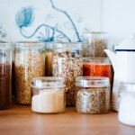 Are you on the lookout for storing your day-to-day kitchen foods in containers that not only keep your food fresh but also enhance the tidiness of your kitchen counter or dining table? Then this post is meant for you! Check out the best kitchen containers for dry and fresh food.
