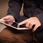 Menggunakan tablet ukuran 10 inci dapat mempermudah pekerjaan yang Anda lakukan apalagi jika pekerjaan Anda harus selalu terhubung dengan internet dan harus mengetik atau mengakses berbagai aplikasi. Tablet dengan ukuran 10 inci menjadi standar tablet yang cukup nyaman untuk digunakan bekerja. Cari tahu rekomendasi tablet 10 inci dari BP-Guide, yuk!