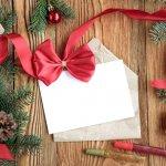 大好きなおじいちゃん、おばあちゃんにも、クリスマスは笑顔でハッピーに過ごしてもらいたいですよね。こちらでは、クリスマスメッセージの書き方のコツや喜ばれるポイントをご紹介します。文例も用意しましたので、参考にしてクリスマスを盛り上げる素敵なメッセージを作ってください。