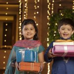 Diwali is around the corner and its time to buy a gift for your loved ones. How can you forget the little ones in your life during this exciting time of year? But it can be difficult to figure out what to gift a child on a festival. You want to give them something that is exciting but not entirely frivolous. Our guide has tips and suggestions help you choose gifts that children will love, as we as traditions surrounding this festival that we can tell the kids about.