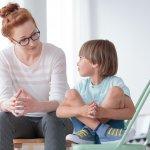 Mengasuh dan merawat anak tidak selamanya berjalan dengan mulus. Seringkali orang tua menemui berbagai kendala. Oleh karena itu, orang tua memerlukan trik-trik tertentu agar pengasuhan anak berjalan dengan lancar dan anak bisa tumbuh dan berkembang dengan baik.