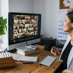 एक महान वीडियो कॉन्फ्रेंसिंग अनुभव के लिए 9 अच्छे वीडियो कॉन्फ्रेंसिंग शिष्टाचार के लिए इस लेख को पढ़ें। कॉन्फ्रेंसिंग के दौरान क्या नहीं करना है। (2020)