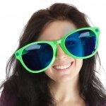 Penasaran gak sih dengan model-model kacamata lucu yang kadang dipakai orang di jalanan? Kalau iya, kamu bener banget baca artikel BP-Guide yang satu ini. Ya, kami punya ulasan lengkap soal kacamata lucu, plus beberapa modelnya yang bikin penasaran dan bisa dicoba. Yuk langsung aja lahap yang berikut ini!
