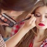Makeup memang menjadi bagian tak terpisahkan dari wanita. Untuk tampil lebih percaya diri, gunakan produk makeup dari NYX. Yuk, kenali NYX dan deretan produk berkualitasnya bersama kami!