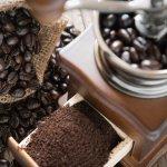Sebagai pencinta kopi dan penikmat kopi, tentu kamu selalu mendambakan cita rasa kopi yang luar biasa. Jika kamu merasa kurang puas dengan racikan kopi di kedai-kedai kopi, mungkin ini saatnya kamu untuk mengolah sendiri kopi dengan alat bernama grinder kopi. Langsung aja, deh, kita simak rekomendasinya dari BP-Guide, yuk!
