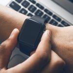 Di zaman serba canggih seperti sekarang, orang-orang membutuhkan smartwatch untuk mendukung aktivitas mereka. Adanya smartwatch bikin hidup lebih terorganisir. Selain itu, kebugaran tubuh juga bisa lebih terjamin jika kita mengikuti petunjuk kebugaran yang disediakan smartwatch tersebut. Apple Watch jadi pilihan tepat untuk kamu yang sedang butuh smartwatch. Intip rekomendasi Apple Watch dari kami!