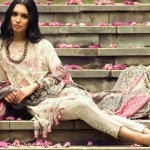 This article brings to you the various new designs that have come up in the world of kurtis. We have suggested some amazing new kurti designs and have also provided you with tips for styling them in a way that makes you look like a fashion icon.