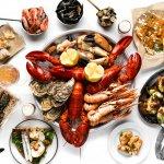 Hidangan seafood memang sudah terbukti memikat hati banyak orang. Kalau Anda sedang di Jakarta atau tinggal di kota ini, kunjungi beberapa restoran yang memiliki hidangan seafood andalan. Dijamin, Anda pasti akan kebingungan menentukan salah satu dari beragam hidangan lezat yang disajikan.