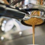 Produk dari Philips memang sudah tidak perlu diragukan kualitasnya. Salah satu alat yang diproduksi oleh Philips adalah mesin kopi. Kamu yang mengaku pencinta kopi wajib lirik aneka mesin kopi dari Philips ya!