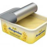 Margarin bagaikan bahan yang wajib ada saat kita hendak mengoles roti atau membuat kue. Margarin juga banyak dimanfaatkan saat menumis agar aroma masakan lebih menggoda. Nah, kamu wajib selalu sedia margarin di rumah. Tak perlu mahal, ada banyak kok margarin yang dijual dengan harga terjangkau. Yuk, intip deretan margarin yang bisa kamu gunakan!