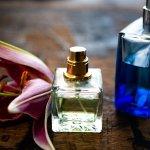 Parfum menjadi pelengkap penampilan sehari-hari. Tidak hanya itu, aroma yang wangi dan segar akan membuatmu semakin percaya diri. Untuk itu, BP-Guide akan memberikan rekomendasi parfum Bvlgari untuk pria dan wanita yang wajib kamu coba.
