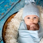 We all know how that cold breeze of wind feels like on our faces during the winter season; now imagine how the same winter season must feel like to your little one! Ensure that you keep your baby insulated from this harsh cold of the winter season with the best baby blankets for winter in India.