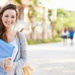 10 Rekomendasi Kebutuhan Anak Kuliah yang Harus Dimiliki agar Perkuliahan Berjalan Lancar
