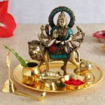 It's Navratri- A festival of immense zeal, fervour, and enthusiasm, celebrated through nine nights of the lunar month of Ashvin, which typically falls in the months of September & October. Irrespective of the part of India you belong to, if you are looking for unusual Navratri gift ideas, here are some gift options available:
