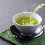 Ingin sehat, tentunya teh hijau menjadi salah satu pilihan yang pas untuk menjadikan Anda agar tidak mudah sakit. Teh ini tentunya juga mudah ditemukan di Indonesia. Berikut beberapa rekomendasi dari BP-Guide.