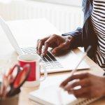 यहां है घर से काम करने के ऐसे 10 विकल्प जिन्हें करके आप लाखों तक कमा सकते हैं और यह सभी विकल्प भरोसे के लायक है । घर से काम करने पर जानकारी और सुझाव भी ।(2020)