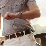 Selain pakaian, tas, atau sepatu, ikat pinggang juga kerap dipertimbangkan mereknya. Semakin bermerek, maka penampilan semakin terkesan mewah dan elegan. Inilah rekomendasi ikat pinggang yang akan membuatmu tampil keren.