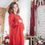Saat sedang hamil, selama sembilan bulan tentu wanita akan menggunakan pakaian yang nyaman, ringan dan tetap bisa beraktivitas dengan santai. Namun, Anda tetap bisa tampil menarik dan modis, loh. Simak tips dari BP-Guide berikut ini untuk tampil tetap modis selama hamil.