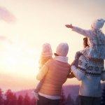 Mencari waktu yang tepat untuk berlibur ke luar negeri bisa mengambil waktu saat musim dingin. Tentunya liburan musim dingin tidak didapatkan di Indonesia. Anda bisa mendapatkan pengalaman seru saat berlibur di musim dingin. Berikut BP-Guide rekomendasikan destinasi negara terbaik untuk berlibur di musim dingin.