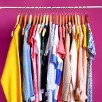 Gantungan baju menjadi barang wajib yang musti ada di dalam kamar. Kalau tidak, bisa-bisa kamar berubah jadi kapal pecah. Nah, sebelum memilih gantungan baju yang tepat, simak dulu ulasan BP-Guide beserta rekomendasi produk di bawah ini, yah.