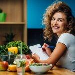 Diet bukan lagi jadi hal yang sulit untuk dilakukan. Dengan adanya banyak informasi di sekitar kita, maka kita jadi lebih mudah menemukan mana tipe diet yang pas untuk kita. Salah satu jenis diet yang bisa kita lakukan adalah diet rendah kalori. Simak pembahasannya dari kami, ya! Cek juga aneka camilan rendah kalori untuk Anda!