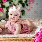 Memilih baju bayi baru lahir atau newborn tidak boleh sembarangan karena kulit bayi yang baru lahir lebih sensitif. Oleh sebab itu penting untuk memperhatikan kualitasnya. Jika Anda mencari baju bayi newborn yang berkualitas dan berkelas, Anda bisa simak ulasan BP-Guide berikut ini!