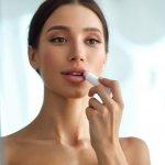 10 Shade Lipstick Red A yang Cantik Dan Cocok untuk Warna Kulit Indonesiamu