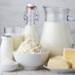 Susu adalah minuman sehat yang banyak digemari dan punya banyak manfaat untuk tubuh. Tak hanya berbentuk minuman, susu juga bisa diolah menjadi produk lain dengan rasa yang lebih enak. Yuk, simak beragam produk olahan susu yang baik dikonsumsi rekomendasi BP-Guide!